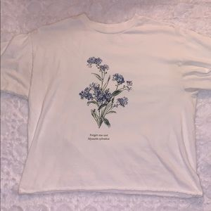 Brandy Melville Forget Me Not T shirt